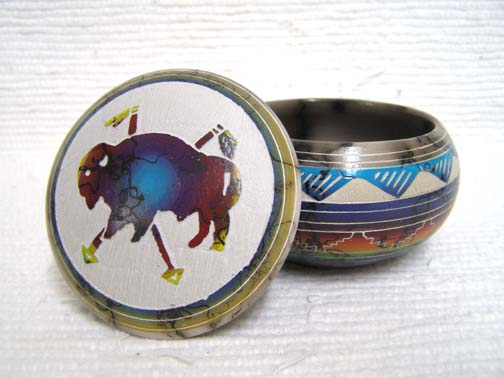 Native American Navajo Made Ceramic Fine Etched Horsehair Small Jewelry Box with Buffalo
